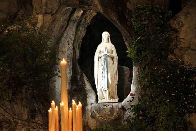 Virtual Easter as coronavirus closes France's Lourdes Roman Catholic shrine