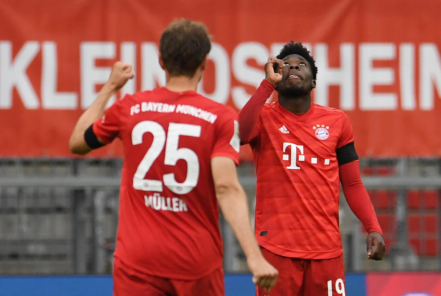 Bayern resist Frankfurt fightback to stay four points clear - Vanguard News