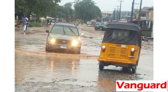 Flood in Macaulay bus/stop, Igbogbo/Bayeku in Ikorodu, Lagos State
