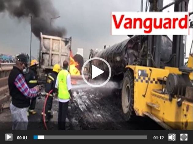 Rescue team putting out tanker fire along Lagos-Ibadan expressway