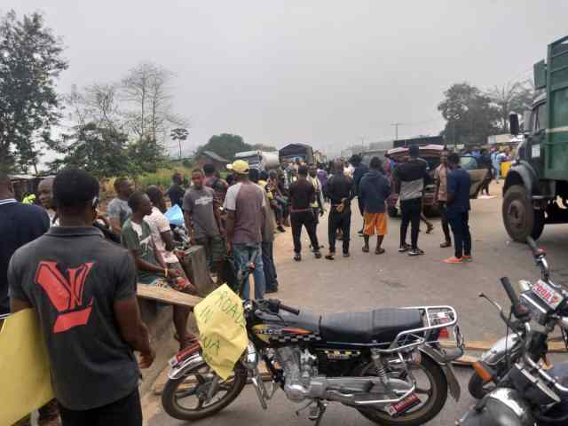 Protesters defy Ndokwa East chair, insist 'Agip must go'