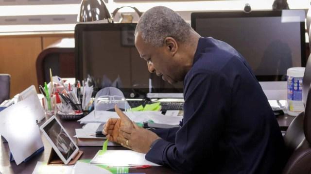 Foreign Affairs Minister, Onyeama revalidates APC membership