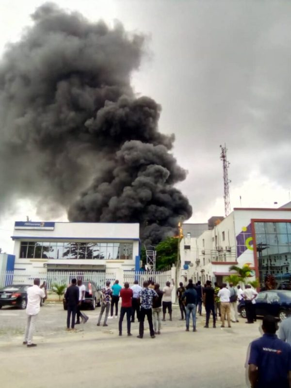 Truck, car destroyed in Lagos as fire guts Access Bank building