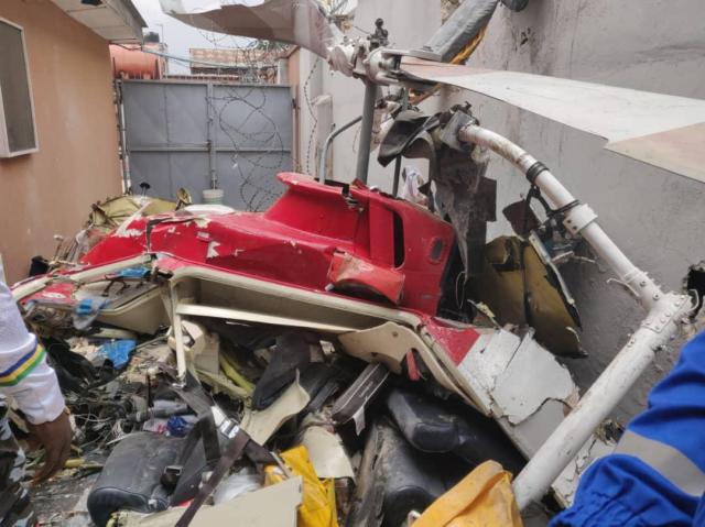 Helicopter crashes into Lagos building