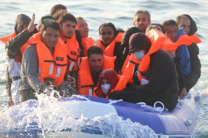 Britain's Prime Minister criticises new wave of migrant boat crossings