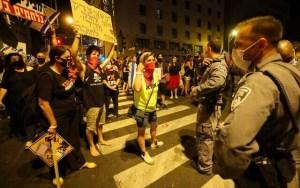 Thousands join protests in Israel despite virus lockdown