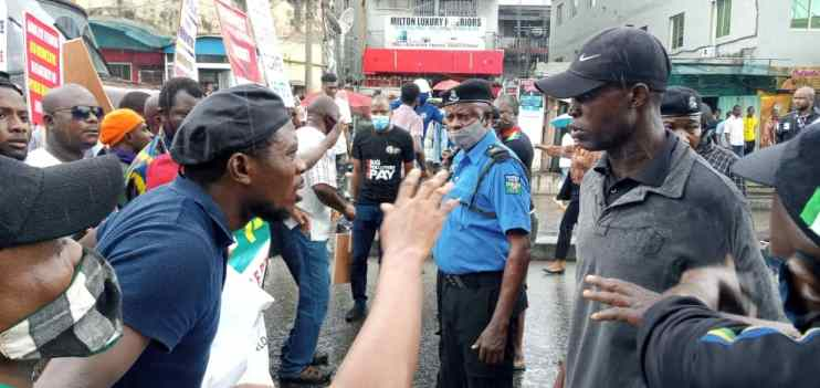 In pictures: Nigerians protest against fuel, electricity increment, anti-people policy in Ojuelegba