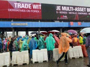 Under the sun and rain: Protesters occupy Lekki Tollgate 3 days running