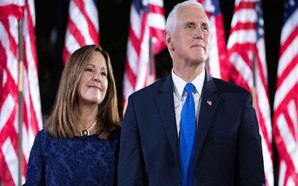 US Vice President Pence, wife test negative for COVID-19