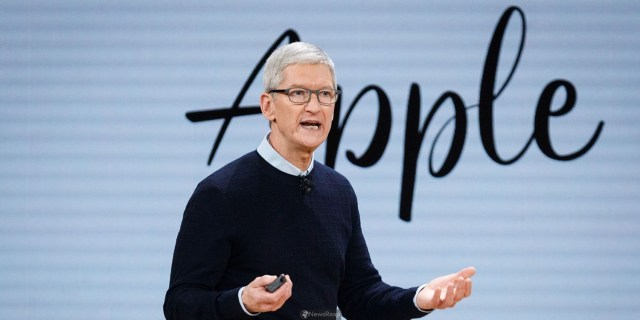 Apple to face shareholder lawsuit over CEO Cook's China sales comments