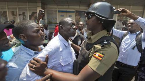 Deadly clashes erupt in Uganda after police arrest opposition leader