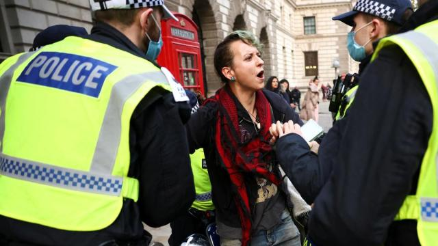 More than 60 detained during anti-lockdown protests in London