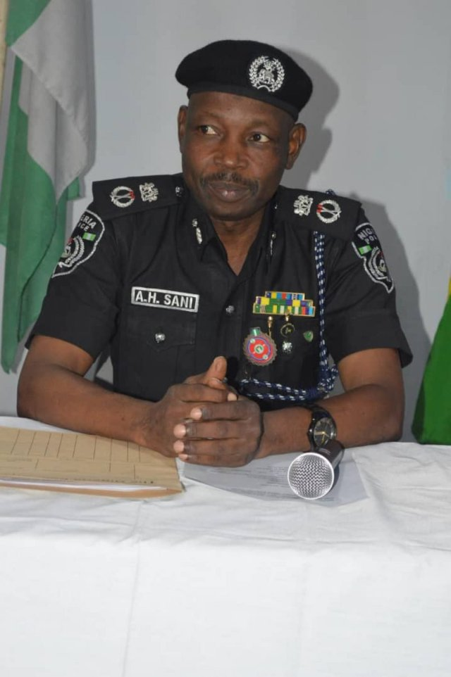 Kano police clamp down on handset thieves