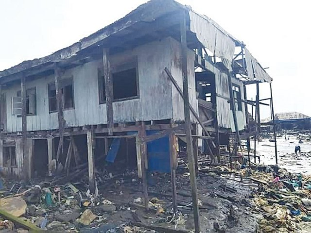 ONDO OCEAN SURGE: Over 2000 houses submerged in Ayetoro
