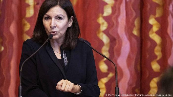 Paris mayor fined over $100,000 for hiring 'too many women'