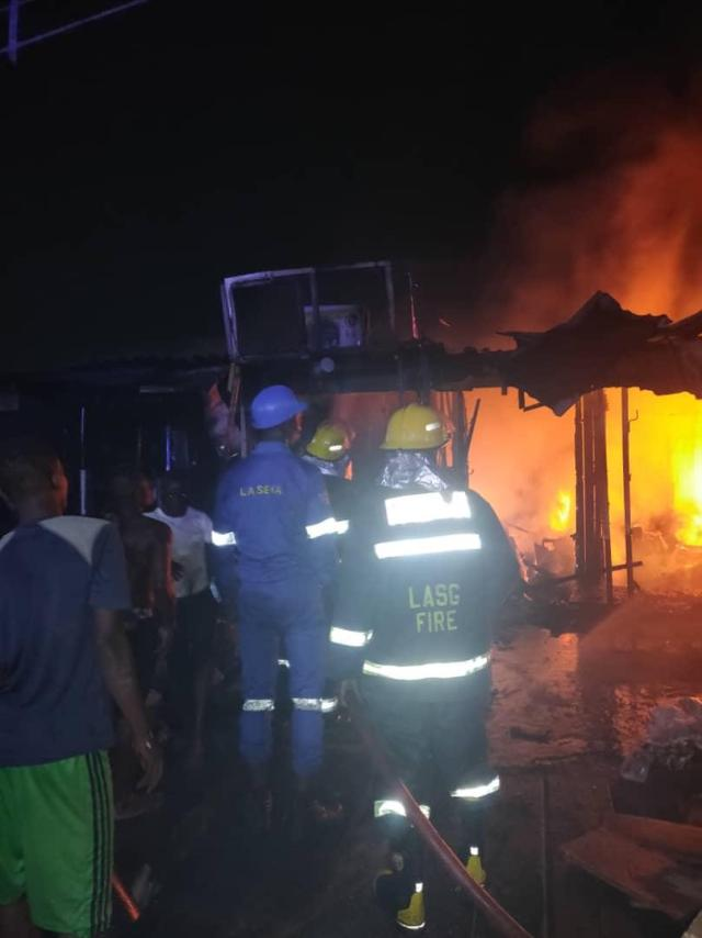 Fire razes 70 shops in Lagos market