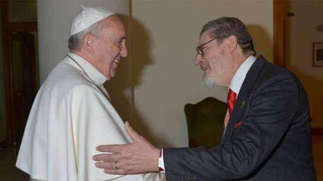 Pope Francis loses personal doctor to COVID-19 — Vatican