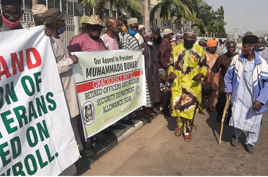 Retired soldiers protest pension arrears in Abuja