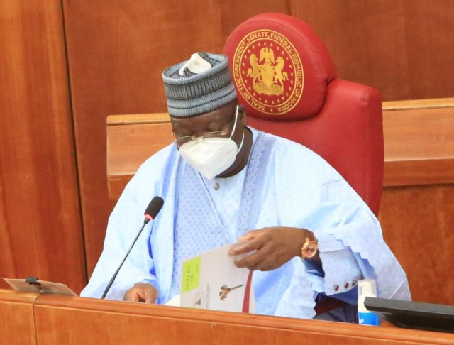 COVID-19: Senate President cautions Aide for failing to wear Face-Mask