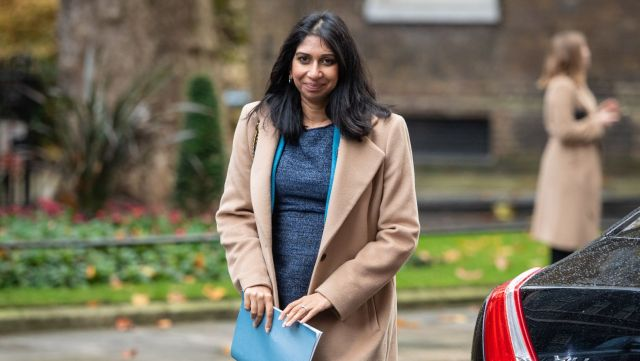 New law allows first UK minister to take maternity leave