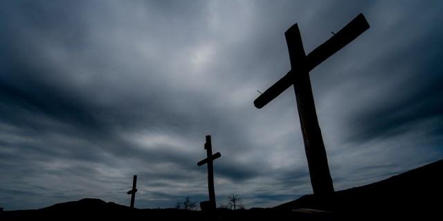 crucifixion NL5RHleu1n8 cross 1