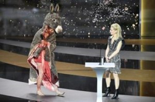 Actress strips at Cesar Awards to protest France's COVID-19 strategy