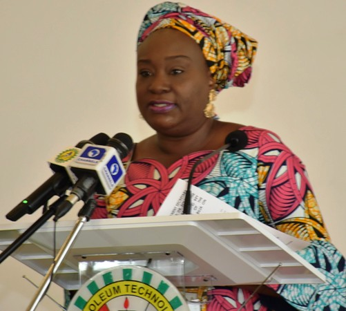 •Dr. Folashade Yemi Esan delivering welcome address at the 3 Years Achievement and Staff Awards of the Ministry in Abuja
