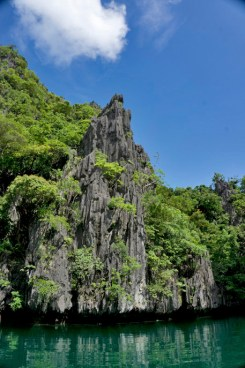 THE PHILIPPINES – A BACKPACKER'S GUIDE - A monument of life