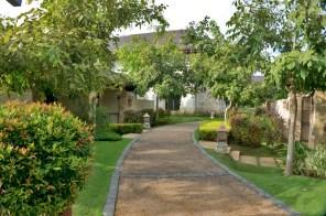 THE CRIMSON RESORT & SPA – MACTAN, CEBU – PHILIPPINES - Your private drive way