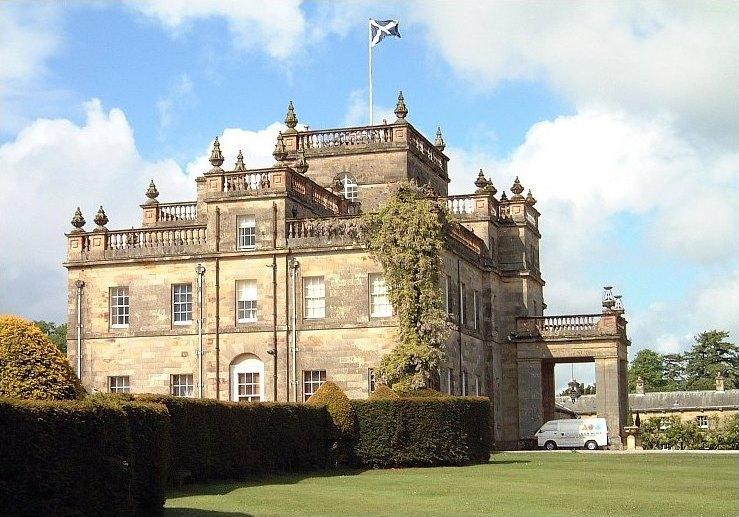 Klassieke muurschilderingen in Kinmount House Schotland