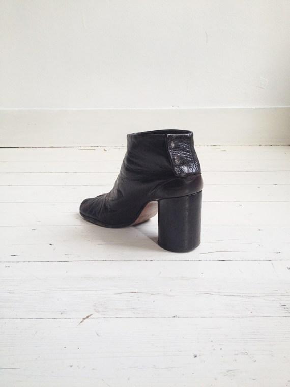 archive Maison Martin Margiela brown tabi boots — fall 1995