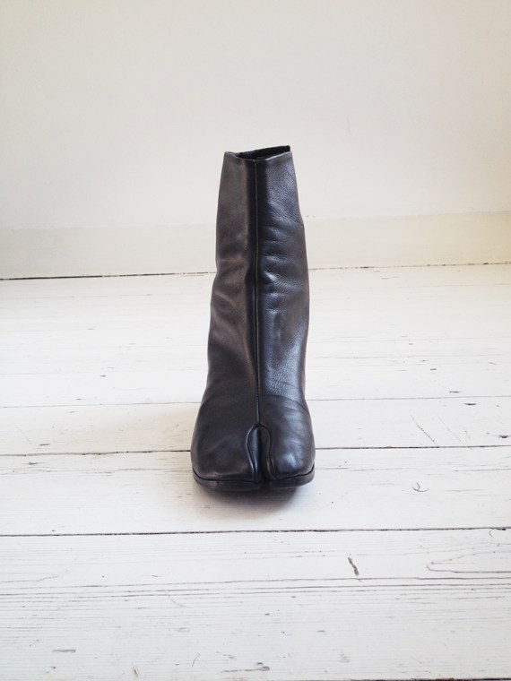 Maison Martin Margiela black tabi boots 40 – early 90s 6249
