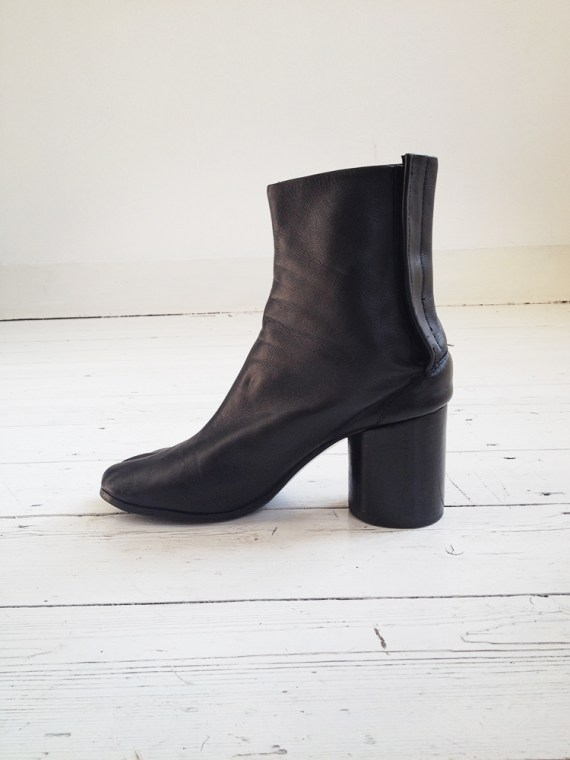 Maison Martin Margiela black tabi boots