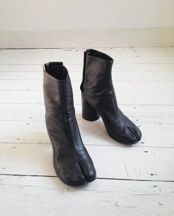vintage Maison Martin Margiela black tabi boots