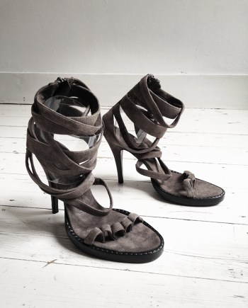 Haider Ackermann brown toe sandals (36) — fall 2007