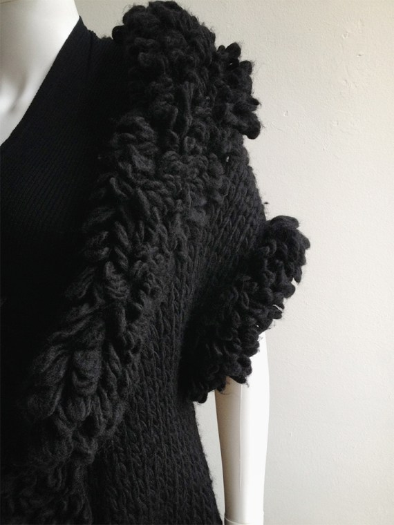 Yohji Yamamoto black 3D knitted cardigan 9622