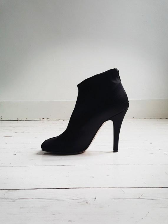 Maison Martin Margiela black satin tabi boots 3018_002