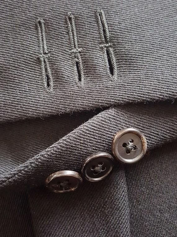 Ann Demeulemeester black blazer with cut panel runway fall 2011 _124612