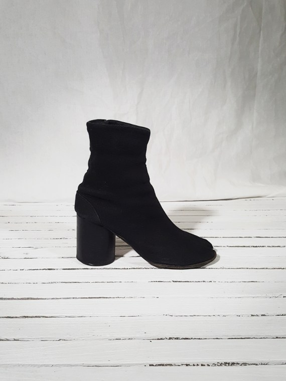 vintage Maison Martin Margiela dark grey linen tabi boots with block heel 150805