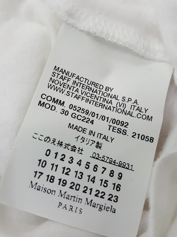 Maison Martin Margiela white t-shirt with key print — fall 2009