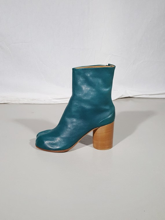 vintage Maison Martin Margiela green tabi boots with wooden block heel 181421