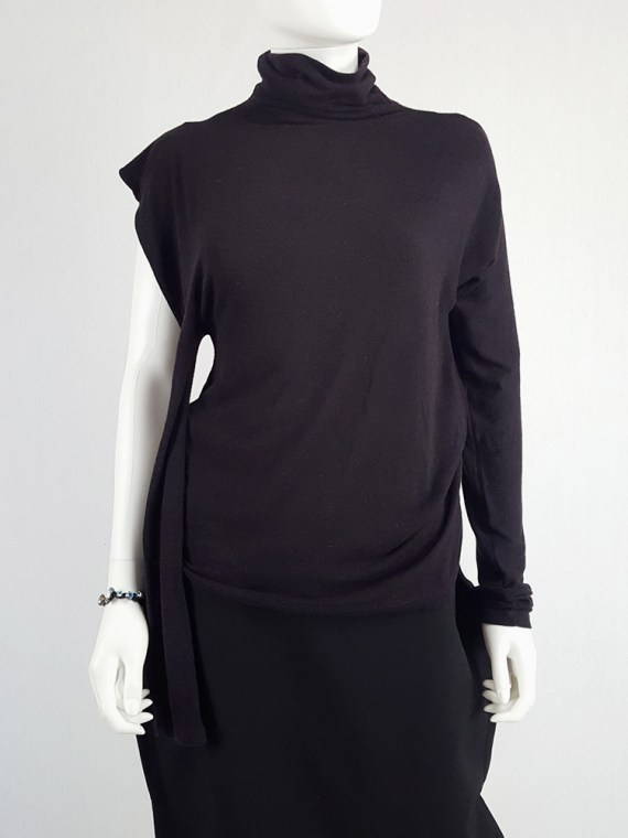 vintage Maison Martin Margiela black jumper with peak shoulder runway fall 2009 105946