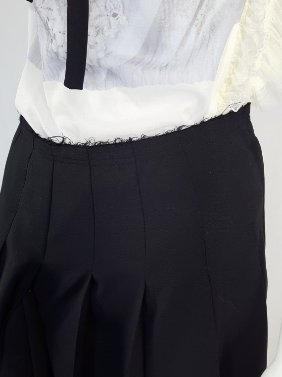 vintage Comme des Garcons black pleated skirt with oversized braid spring 2003 123317