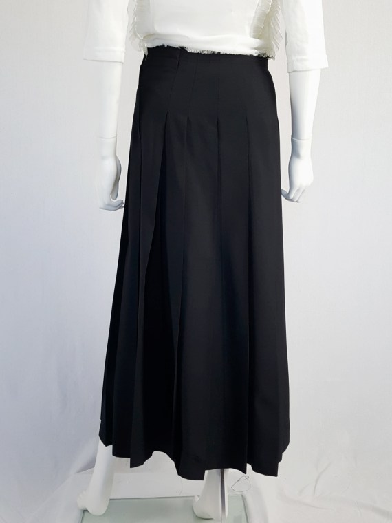 vintage Comme des Garcons black pleated skirt with oversized braid spring 2003 123555