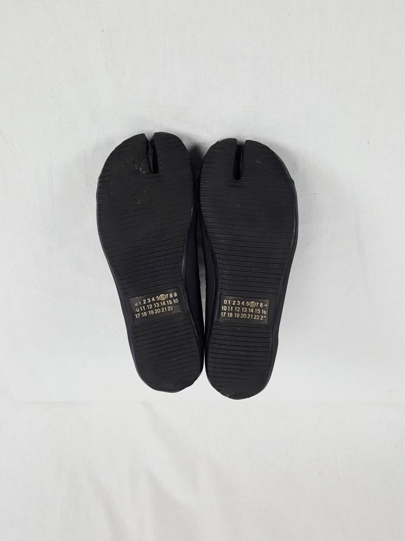vaniitas vintage Maison Martin Margiela 6 black high-top tabi sneakers fall 2002 125805