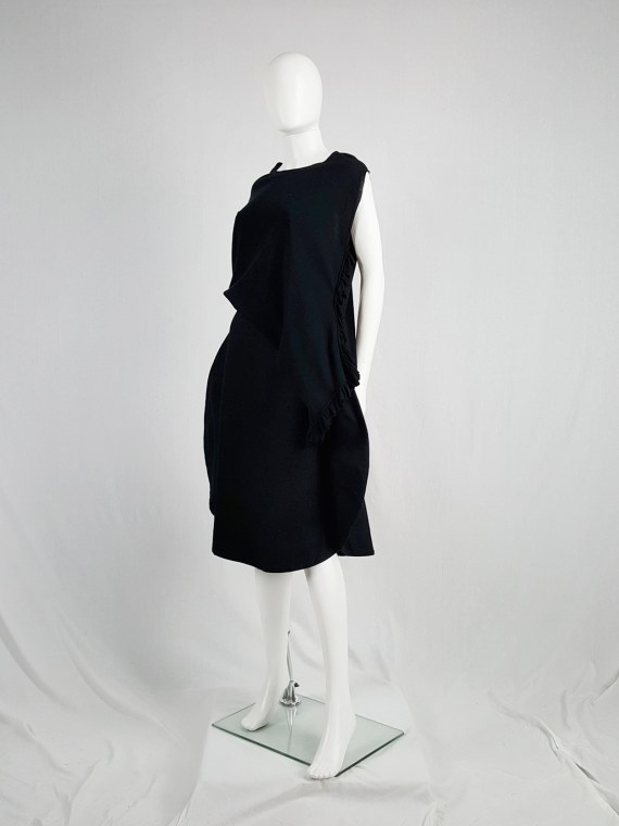 vintage Comme des Garcons black 2D circle skirt fall 2012 130912