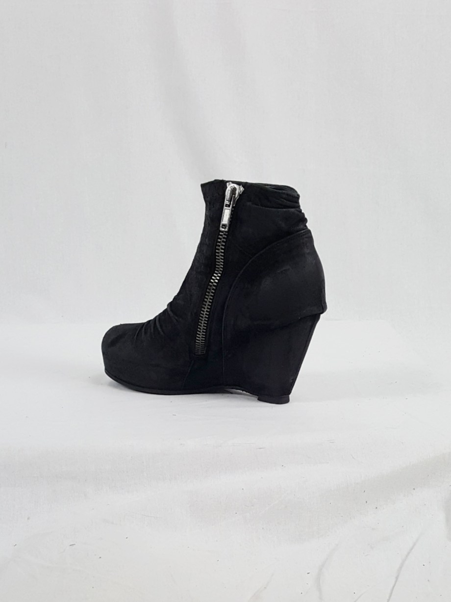 vaniitas vintage Rick Owens black suede ankle boots with wedge heel and hidden platform 153010(0)