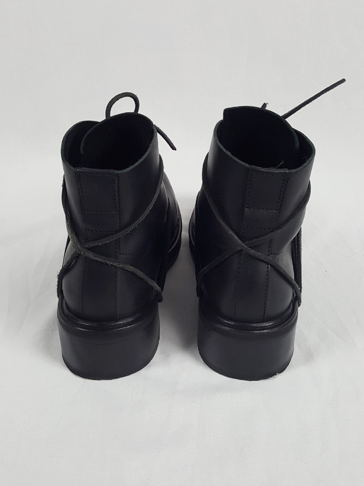 Dirk Bikkembergs black mountaineering boots with laces through the soles (42) — late 90's