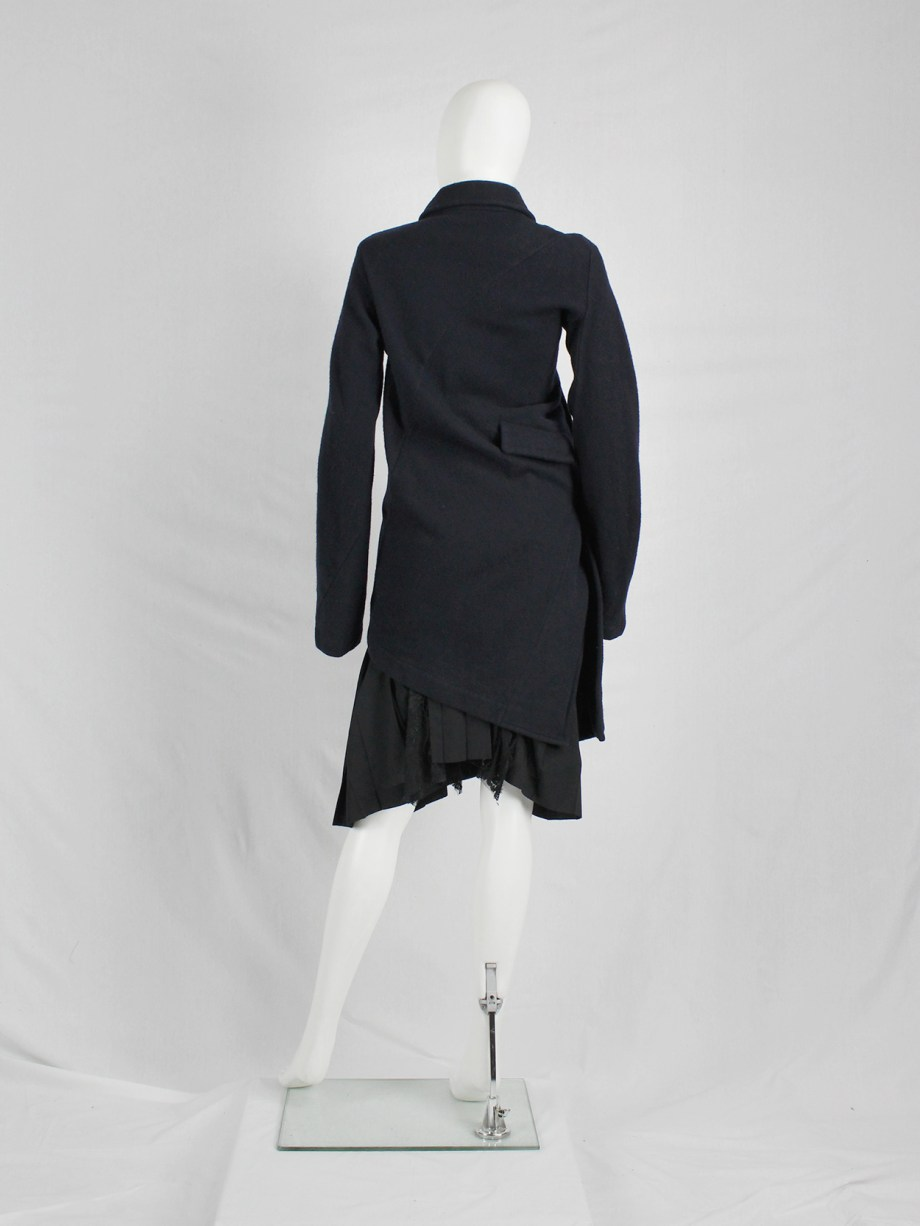 Comme des Garçons Comme blue coat twisting around the body — AD 2008