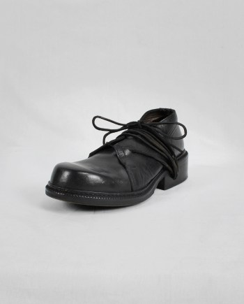 Dirk Bikkembergs black derby shoes with laces through the soles (41) — mid 90's
